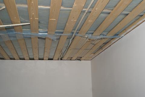 dra kabel i vägg utan rör