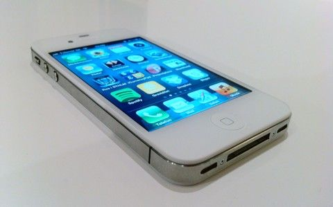 Test: iPhone 4S ett värdigt evolutionssteg MacWorld