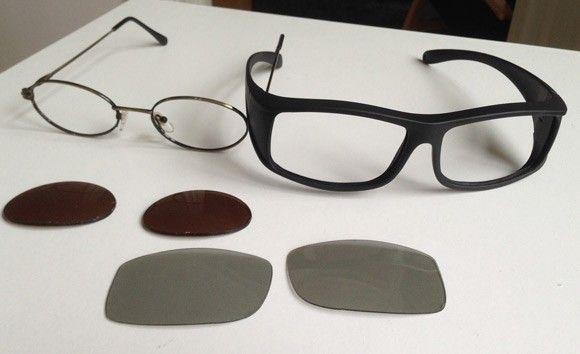 För att slippa sitta med huvudet på sned för att se vad som står på din  skärm pillar vi ur de båda linserna ur 3d-glasögonens bågar. 2b136e1692a38