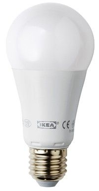 En LED-lampa är inte billig i inköp, men drar mycket mindre el än glödlampor och lågenergilampor.