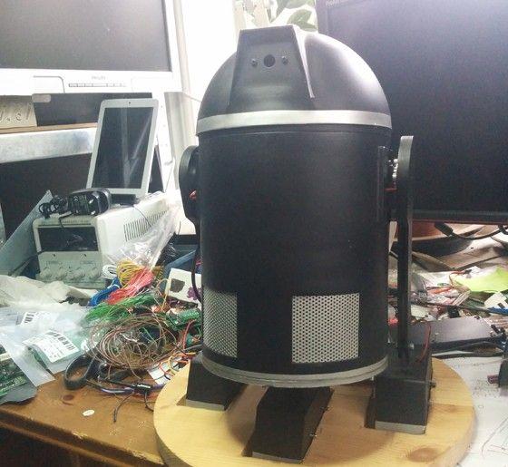 """""""Netroid"""", Jonas Jarvolls robot"""