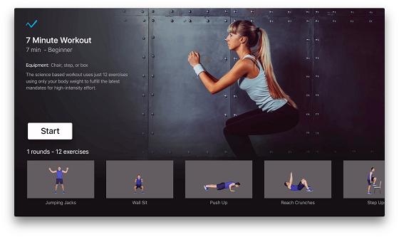 Kvinna som tränar knäböj