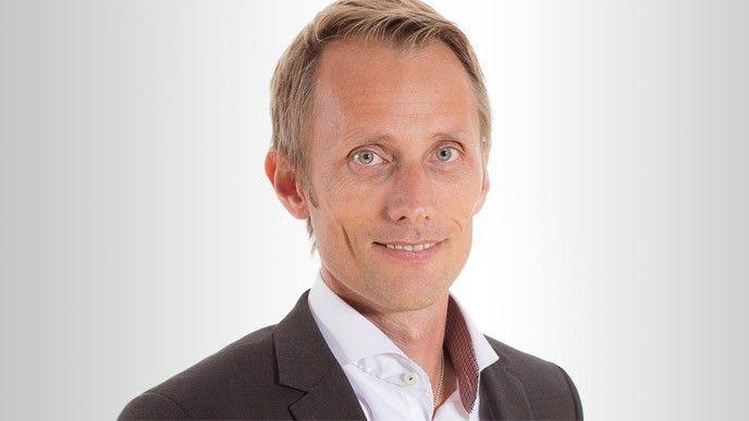 Fredrick Karlsson, Hogia