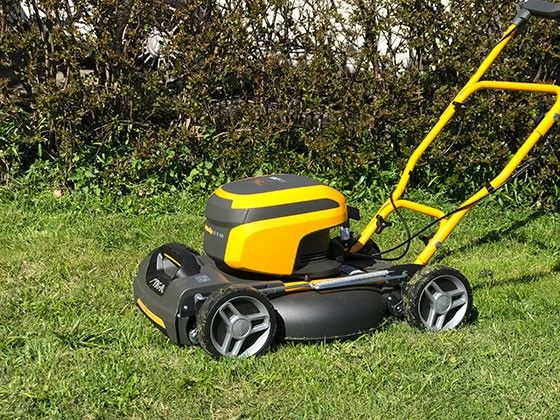 Stiga Multiclip 47 S AE gräsklippare
