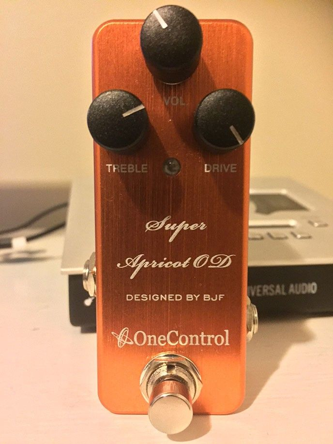 Testar den nya Super Apricot Overdrive från One Control, grym pedal!