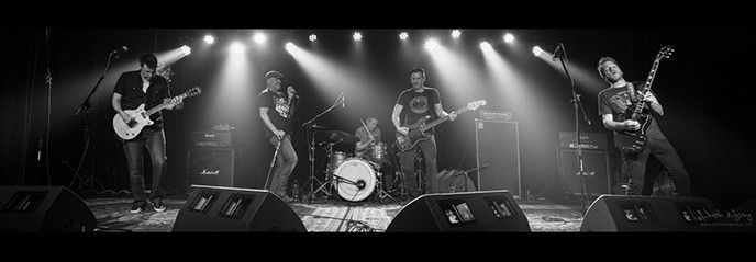 Noise Pollution hyllar AC/DC