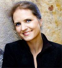 Stina Ehrensvärd.