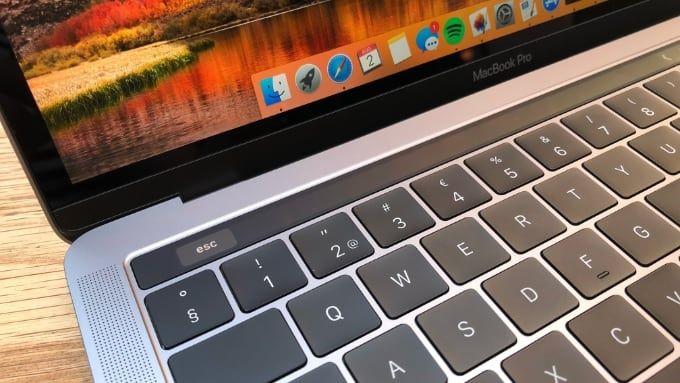 Macbook Pro 13 tum 2018