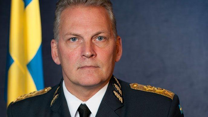 Fredrik Robertsson, Försvarsmakten