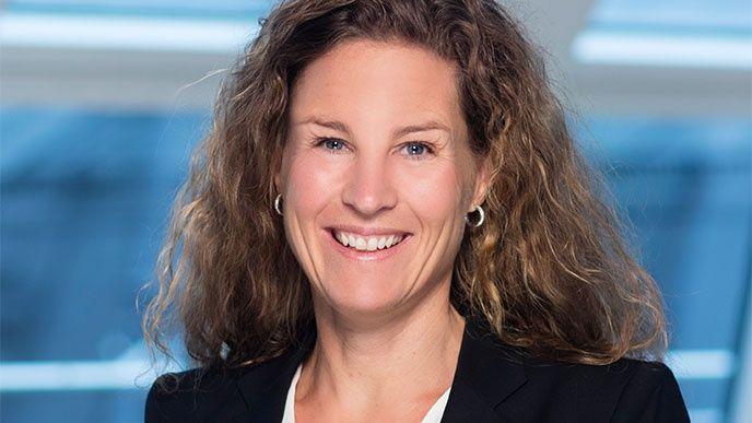 Ann-Marie Ovin, Vinge