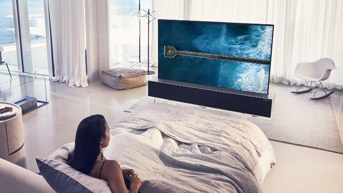 Upprullbar LG-tv