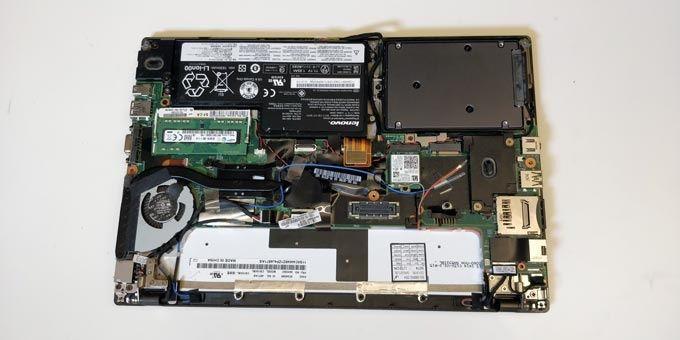 Öppen laptop