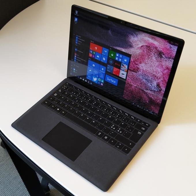 Surface Laptop 2 bildskärm