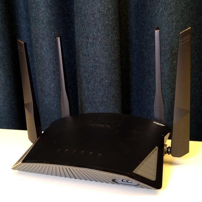 D-link DIR-2660 antenner