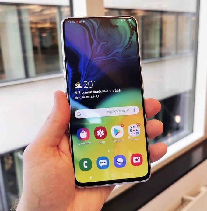 Galaxy A80 skärm