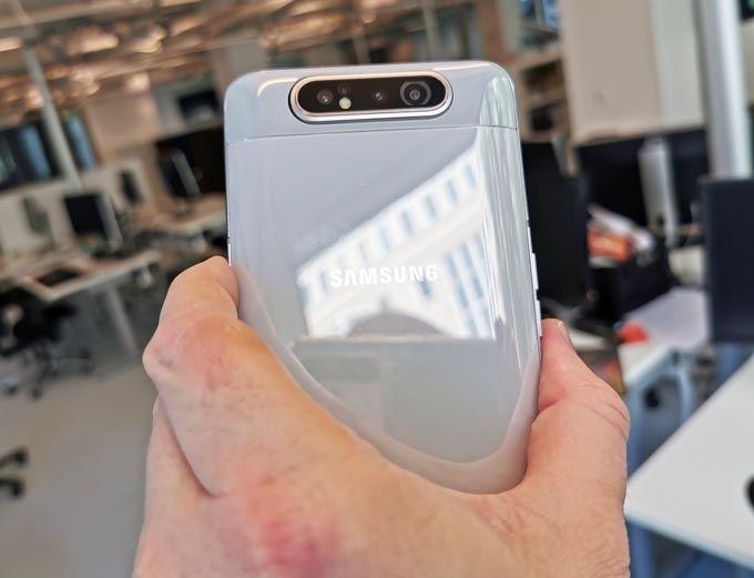 Galaxy A80 kamera baktill