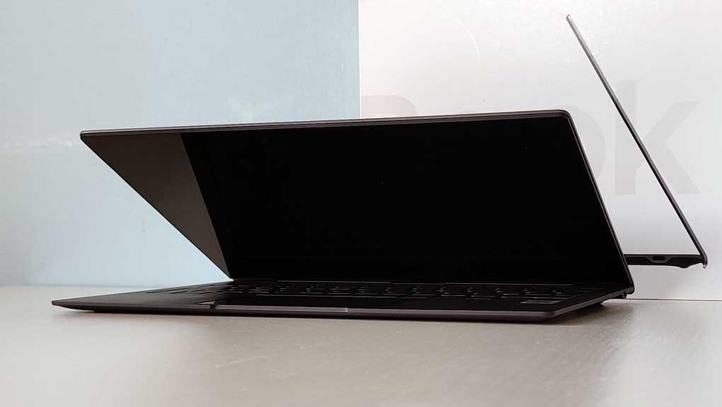 Test Galaxy Book S Samsungs Ultratunna Laptop Overtygar Pc For Alla