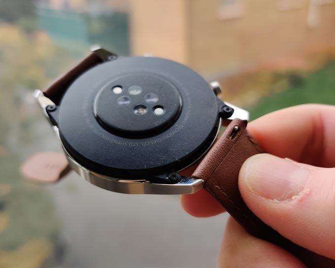 Huawei Watch GT 2 baksida
