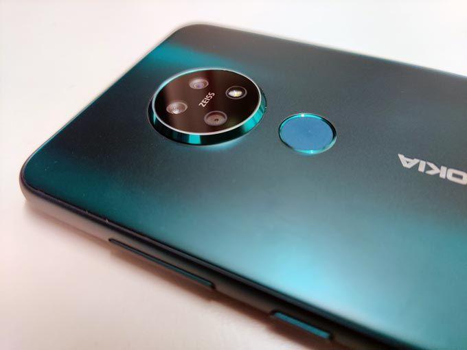 Nokia 7.2 baksida