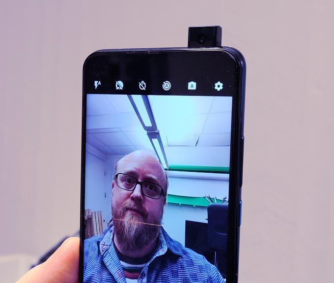 Motorola One Hyper popup