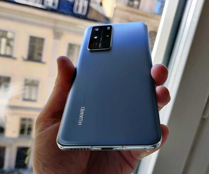 Huawei P40 Pro bakifrån