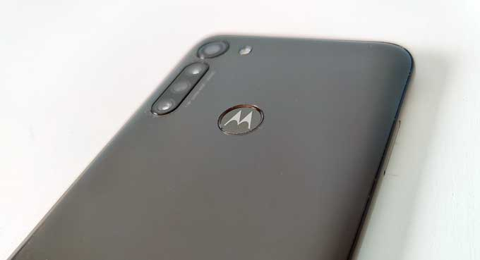 Moto G8 Power baksida