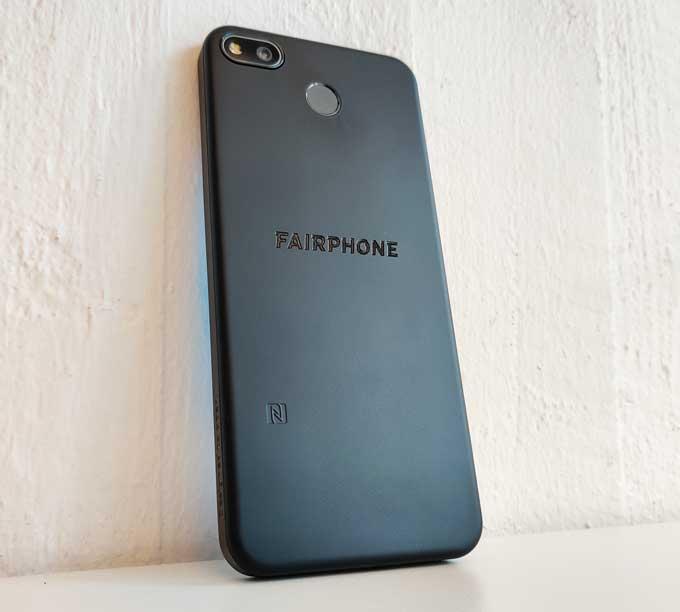 Fairphone 3 Plus baksida