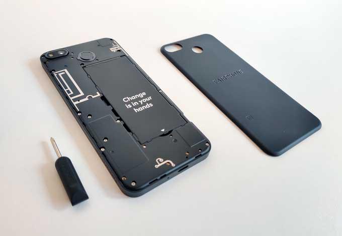 Fairphone 3 Plus öppnad