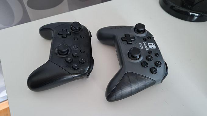 Hori vs Nintendo controller