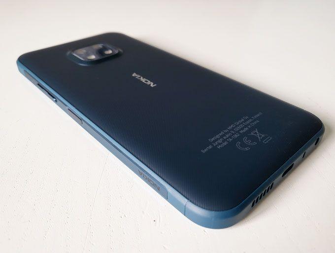 Nokia XR20 baksida.