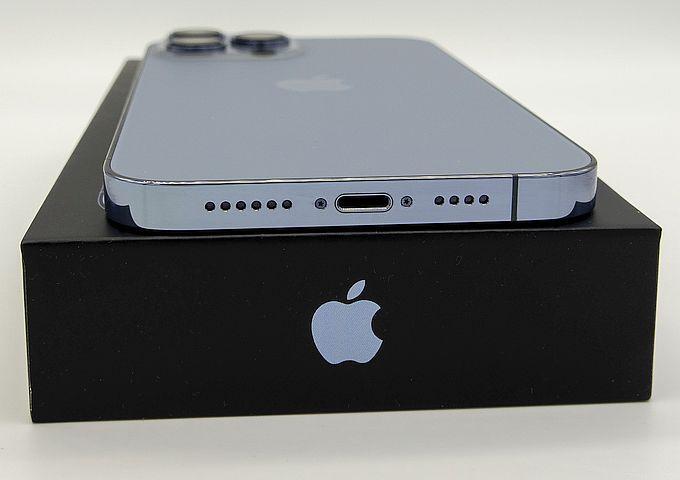 Iphone 13 Pro Max port