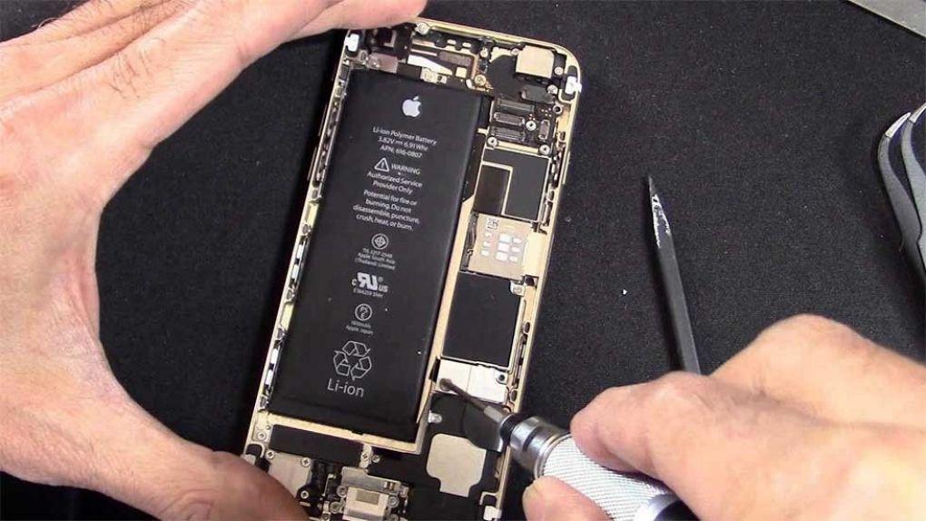 EU kan tvinga fram utbytbara batterier i Iphone