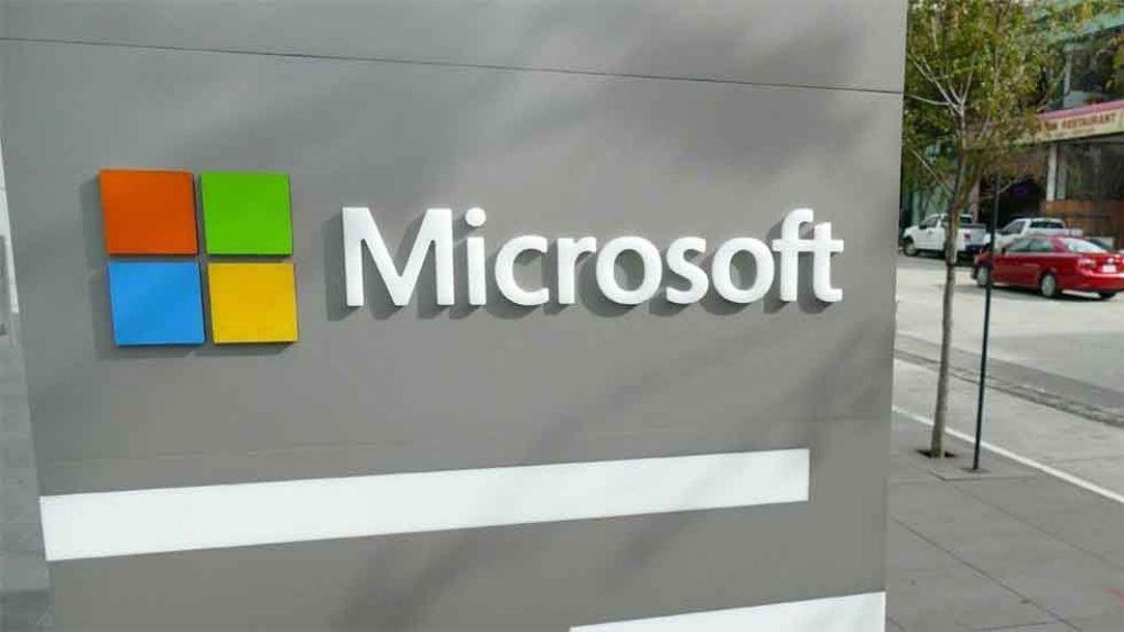 Microsoft ber anställda i USA att jobba från hemmet