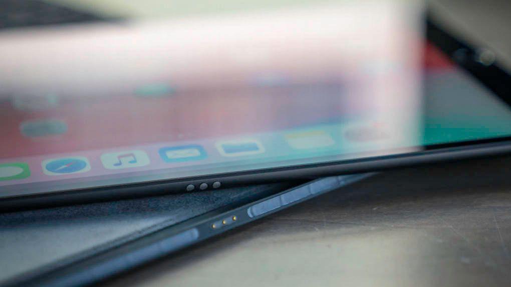 Både Iphone- och Ipad-modeller kan försenas till oktober