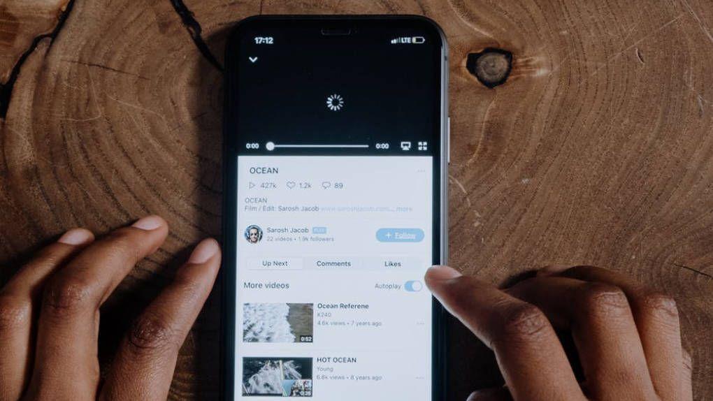Google börjar uppdatera IOS-appar igen