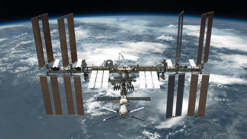 Spacex skickar fler rymdturister till Internationella rymdstationen