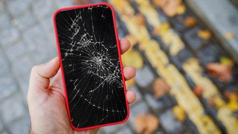 Iphone med sprucken skärm