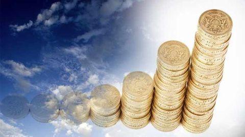 Högar av mynt och moln