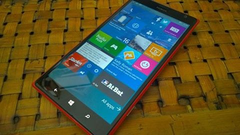 Windows 10 Mobile bygge 10136