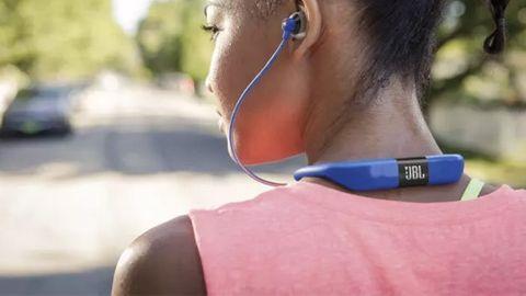 Trådlösa hörlurar träning