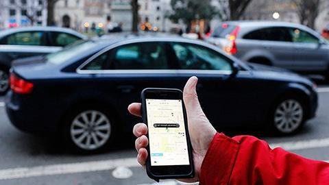 Uber stoppar taxitjanst i frankrike