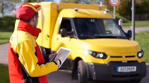 Självkörande postbil