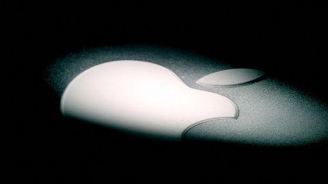 Apple-logga i mörker