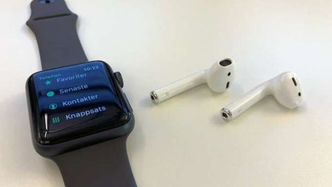 Apple Watch med Airpods