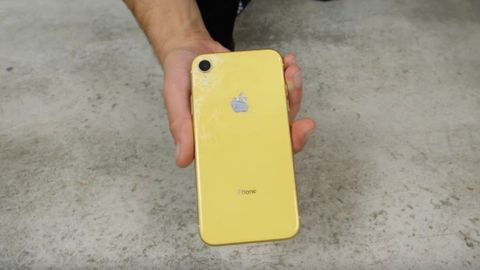 Iphone XR tapptestad