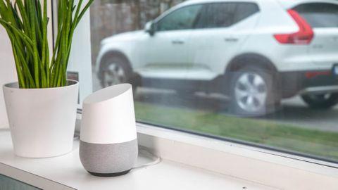 Volvo On Call pratar med Google Home
