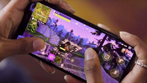 Fortnite med handkontroll på mobilen