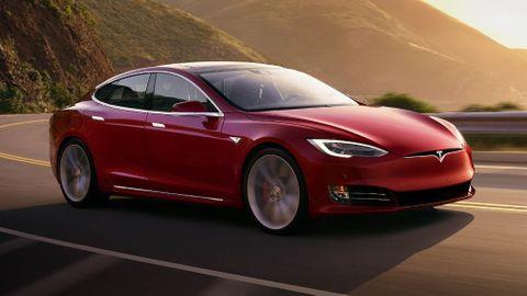 Tesla uppdaterar Model S och Model X