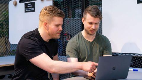 Tomas Einarsson och Adam Fürtenbach är två av de tre grundarna till bolaget Pliance.