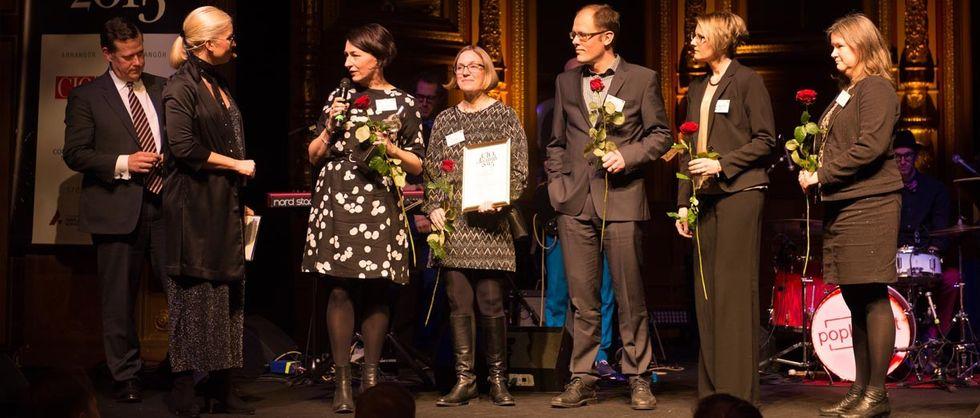 Riges tar emot priset för Årets projekt på CIO Awards 2015.